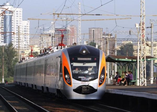 Через Івано-Франківськ курсуватиме поїзд до Болгарії