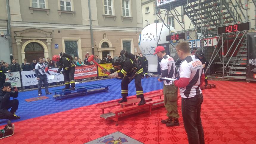 Команда рятувальників з Прикарпаття взяла участь в міжнародних пожежних змаганнях «Firefighter Combat Challenge»