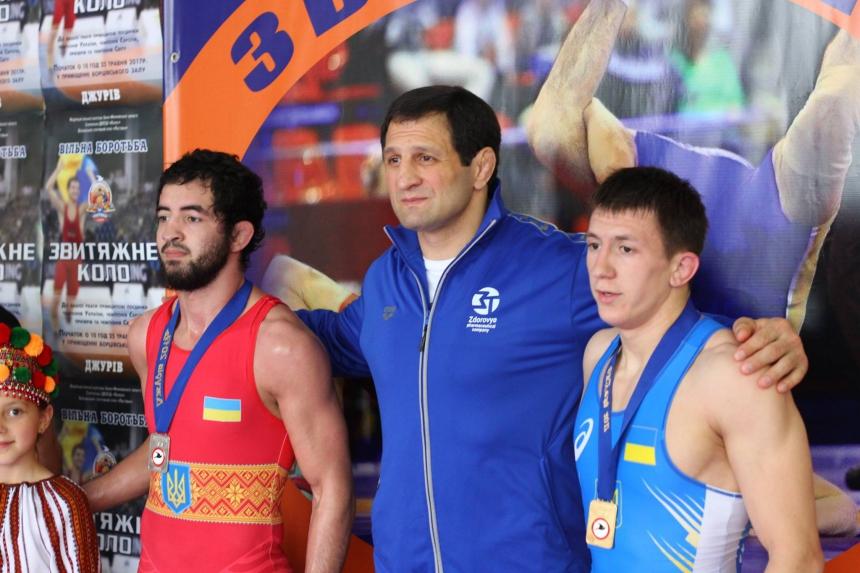На Снятинщині відбулися змагання з вільної боротьби. Фото