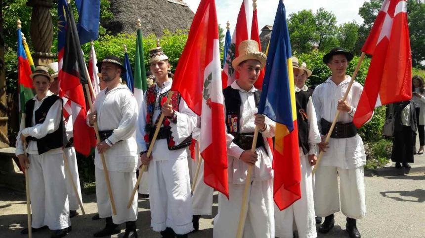 Представники Івано-Франківщини презентували туристичний і культурний потенціал області на третіх «Днях повіту Марамуреш». Фото