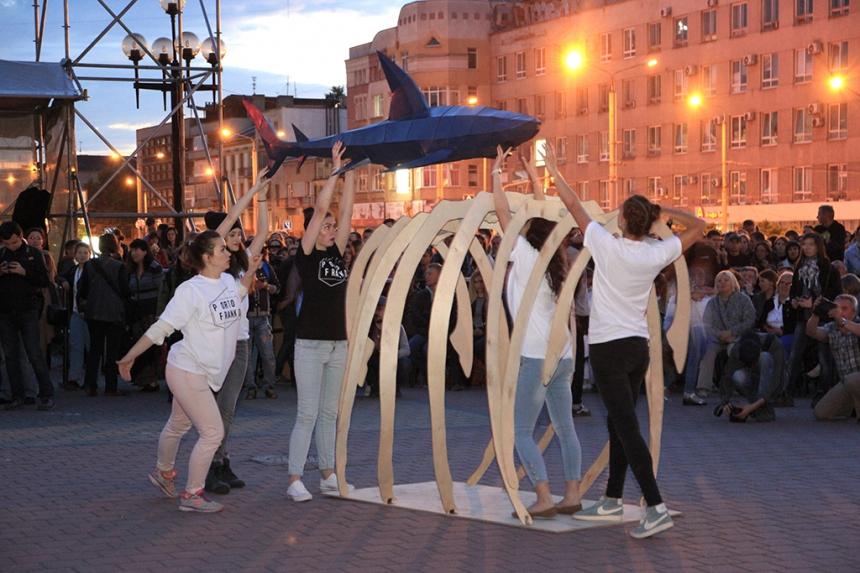 В Івано-Франківську відбулося урочисте відкриття фестивалю Porto Franko. Фото