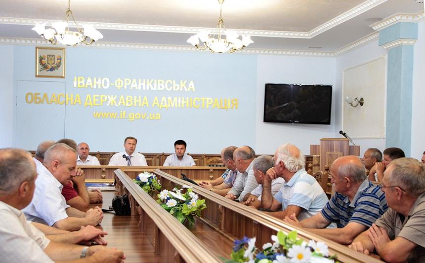 В облдержадміністрації відбулася зустріч із ветеранами МВС України. Фото